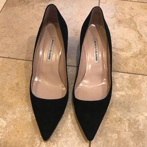 Authentic Manolo Blahnik Kitten heel